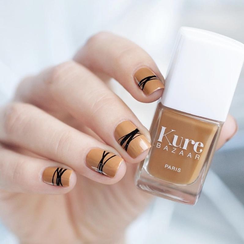 brown-nails-idea