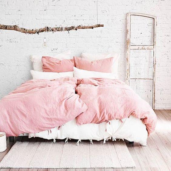 แต่งห้องนอน สีชมพู