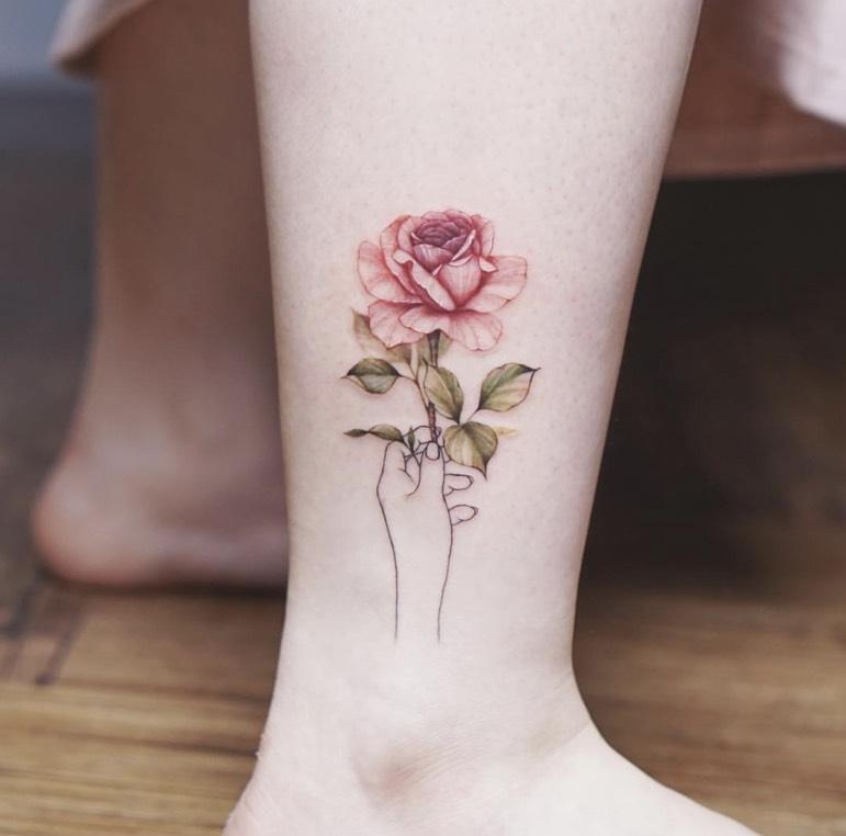 รอยสักดอกไม้