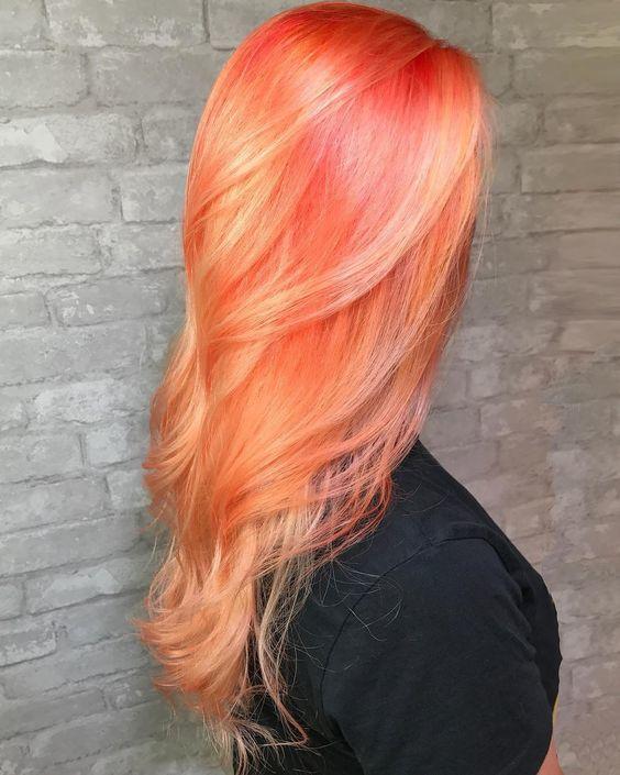 สีผมส้มชมพู