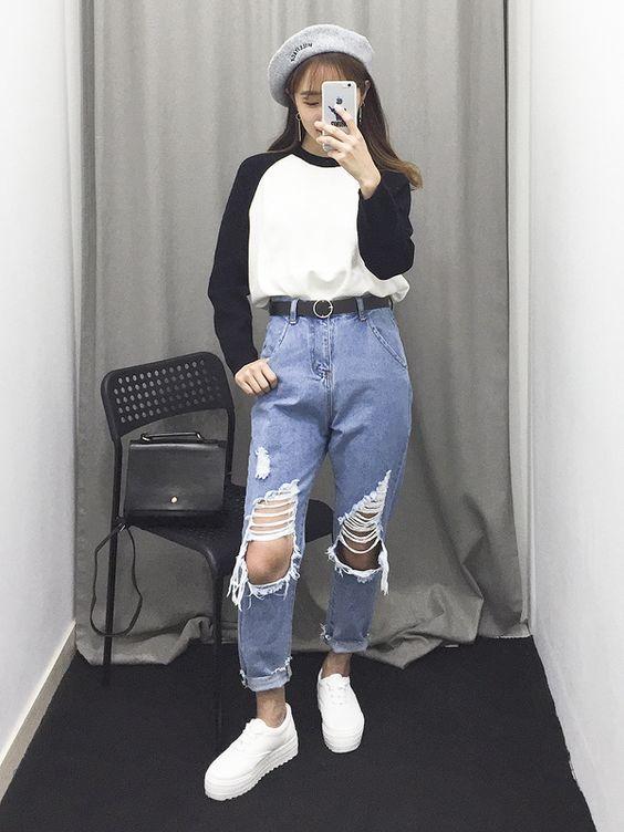 กางเกงยีนส์ขาด