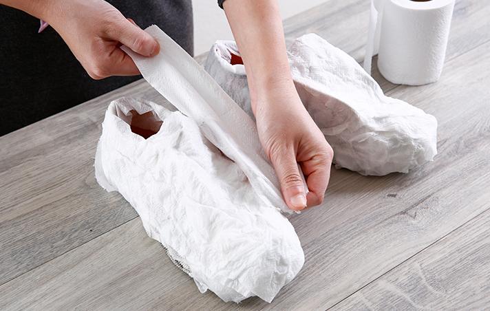 รองเท้า ผ้าใบ