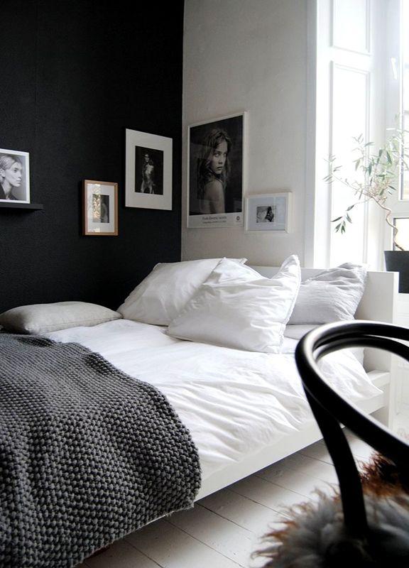 Minimal-black&white-bedroom