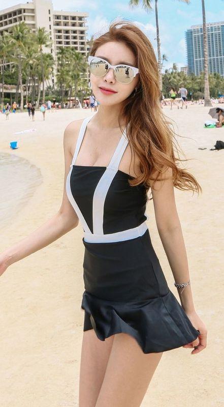 ิOne-piece-swimsuit