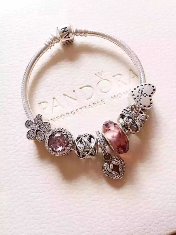 ชาร์ม Pandora