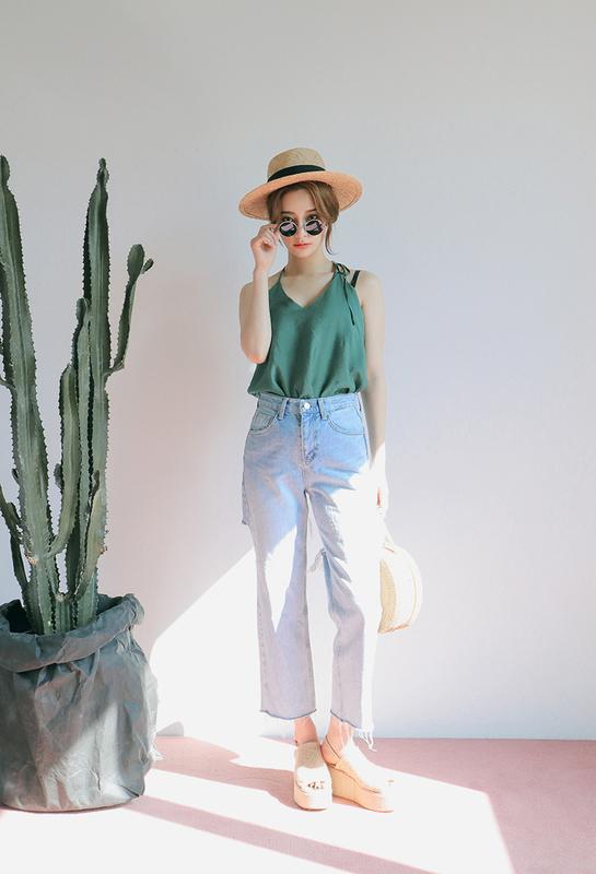 camisole-outfit-idea